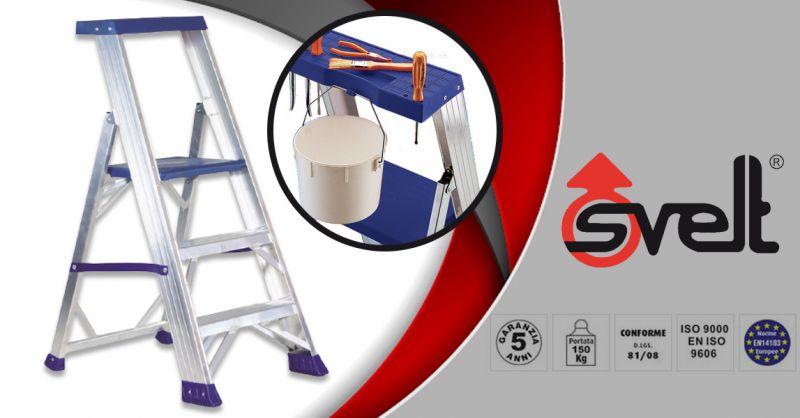 SVELT - Offerta sgabello a gradini con guarda-corpo e piattaforma maggiorata a norme europee