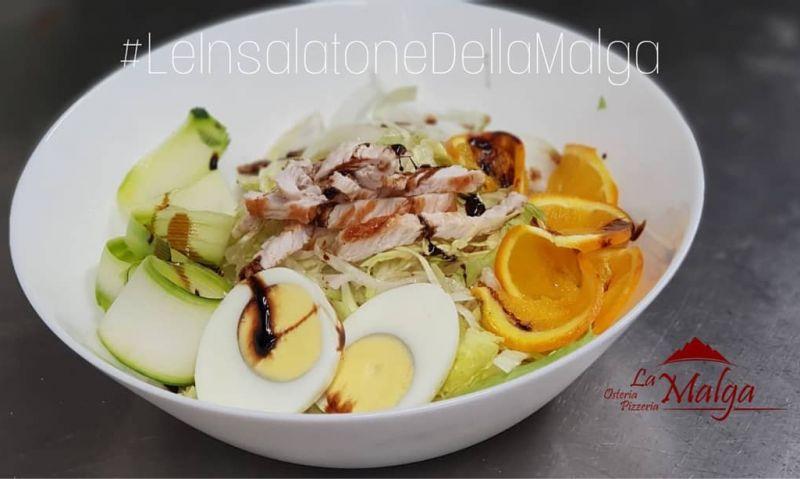 LA MALGA offerta insalatone freschissime - promozione menu estivo pranzo di lavoro
