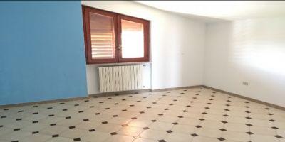 agenzia immobiliare centro propone in affitto appartamento via pio ix prima periferia