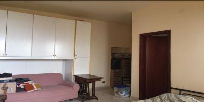 agenzia immobiliare centro propone in vendita soluzione semindipendente vico casale