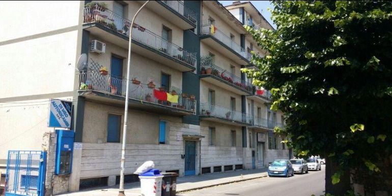 agenzia immobiliare centro propone in vendita appartamento via torre della catena zona centro