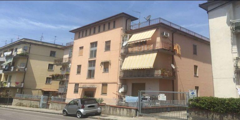 agenzia immobiliare centro propone in vendita appartamento via ponticelli zona centro