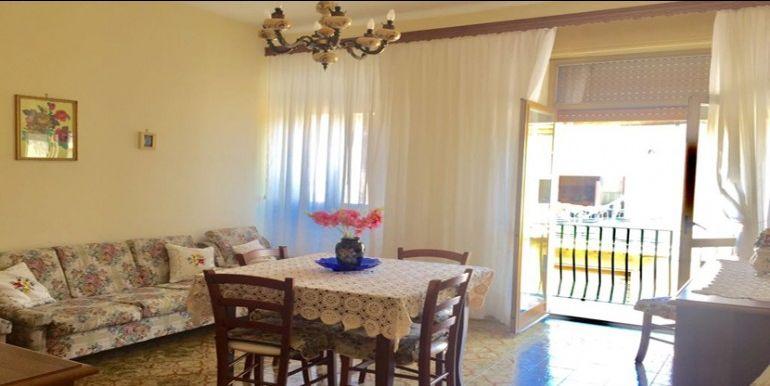 agenzia immobiliare centro propone in vendita appartamento in via suor floriana tirelli