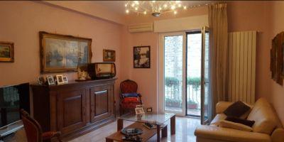vendita appartamento via torre della catena zona centro benevento