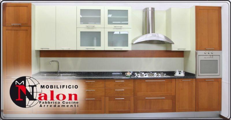 Offerta vendita cucina ciliegio naturale Padova - occasione realizzazione cucine in legno Padova
