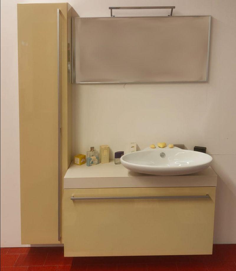 Offerta sconto arredo bagno laccato lucido canapa Padova - Occasione arredo bagno laccato in sconto Padova