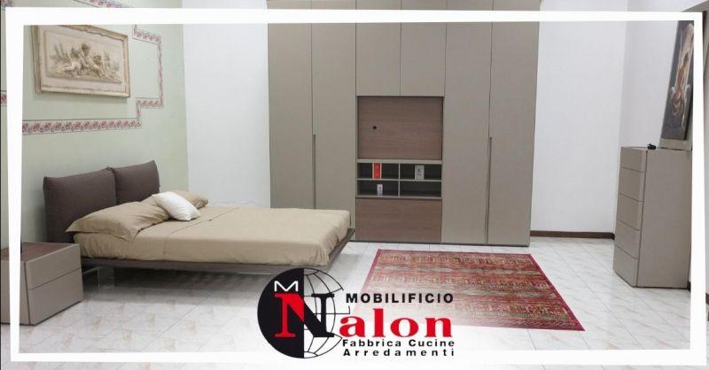 Offerta camera da letto moderna in sconto Padova - Occasione camera completa con armadio in offerta Padova