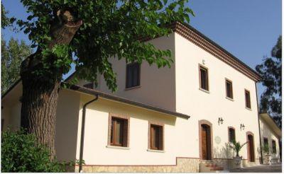 immobiliare sannio propone in vendita villa in zona benevento piano cappelle