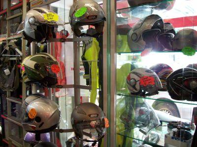 offerta vendita caschi moto ventimiglia imperia