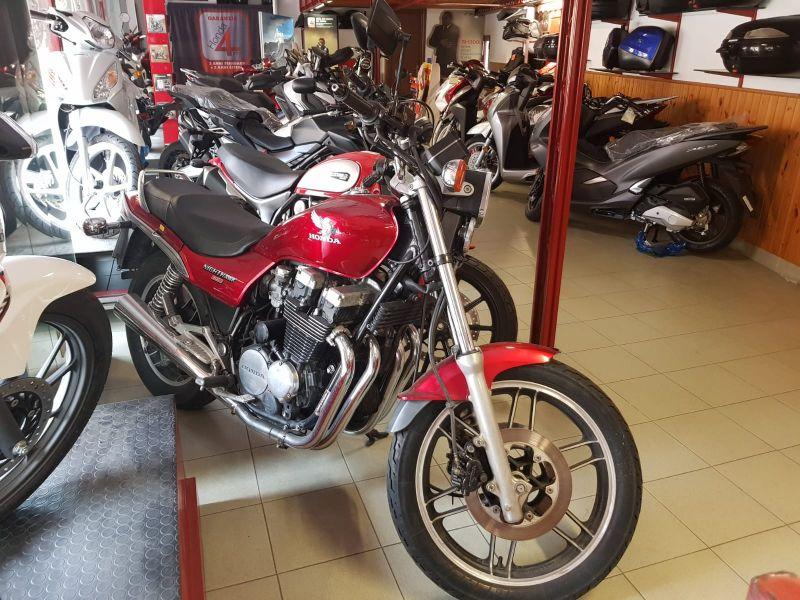 Labriola Moto Ventimiglia (Imperia) - Offerta Moto storica d'epoca Honda Nightawk anno 1986