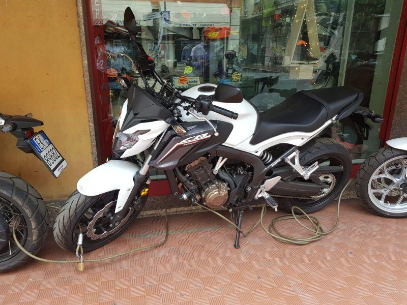 Labriola Moto Ventimiglia (Imperia) - Occasione Offerta vendita Moto nuova HONDA CB650F