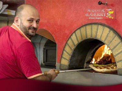 servizio di pizza al taglio e da asporto pizzeria majestic da gerry