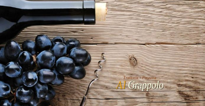 Trattoria Pizzeria Al Grappolo offerta selezione vini - occasione piatti tipici e vini friulani