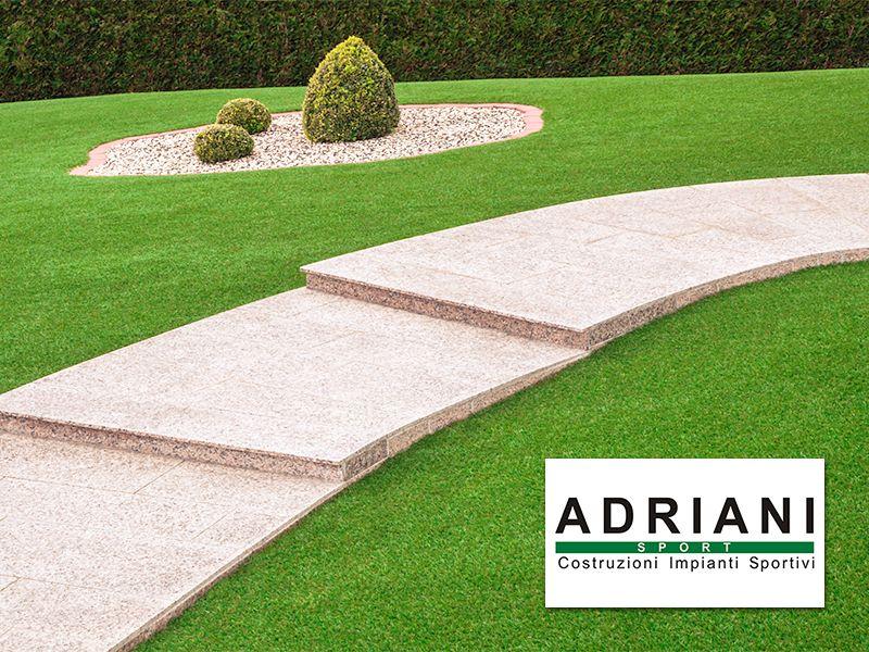 Adriani Sport - Offerta Erba Sintetica per Giardini - Promozione Giardino in Erba Sintetica