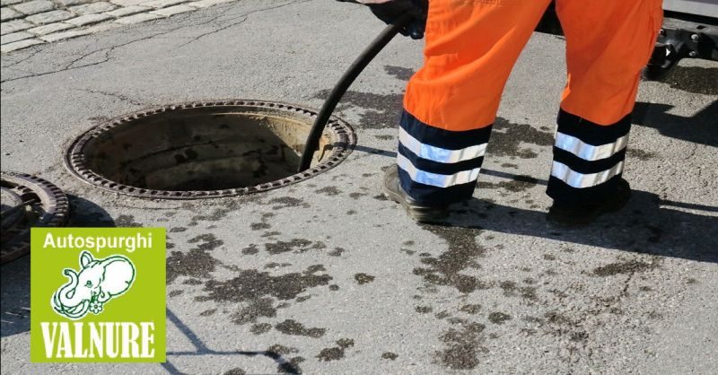 AUTOSPURGHI VALNURE offerta noleggio bagni chimici - occasione pulizia caditoie stradali