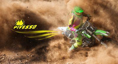 offerta vendita abbigliamento sportivo per moto pivesso grafica personalizzata moto treviso