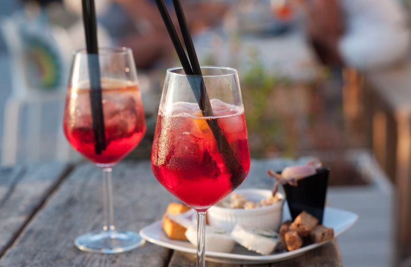 offerta aperitivo buffet paggi e serangeli - promozione locale happy hour