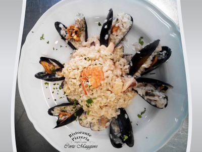 promozione menu fisso montebelluna offerta pranzo montebelluna pizzeriaristorantecortemaggiore