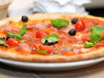 offerta pizza con forno a legna promozione ricette tipiche pordenone