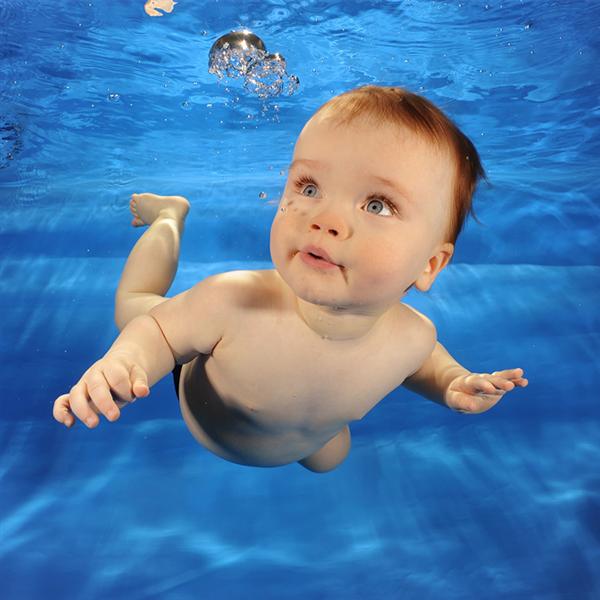 da village fitness corsi di acquamotricita infantile e gestanti approfitta subito