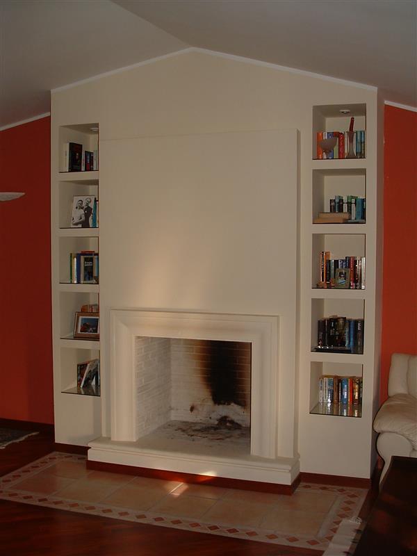 Realizza il tuo caminetto da sogno con le cornici in gesso o cemento precolorato
