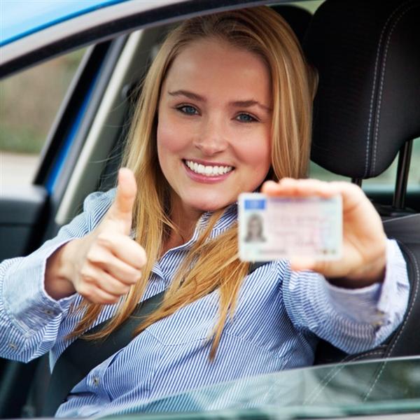 rinnova la tua patente da ni cr a s pratiche auto la fototessera te la facciamo noi vieni
