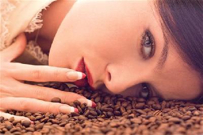 il caff 232 come usarlo per la cura del corpo e la bellezza diba 70 distributori professionali rassegna stampa
