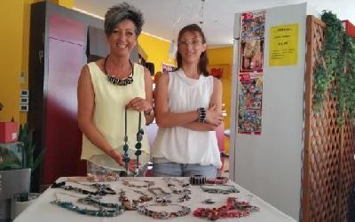 nadia crea i suoi gioielli con le cialde usate del caff 232 diba 70 distributori professionali rassegna stampa