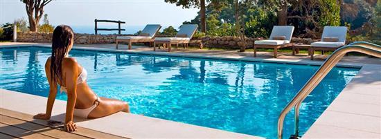 prodotti ed accessori per piscina