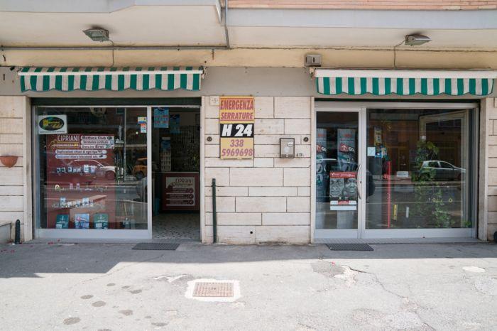 DANIELA Pomezia foto 2
