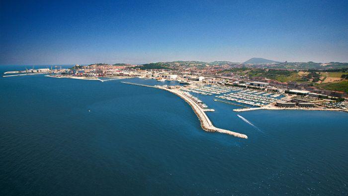 GIULIA Ancona foto 1