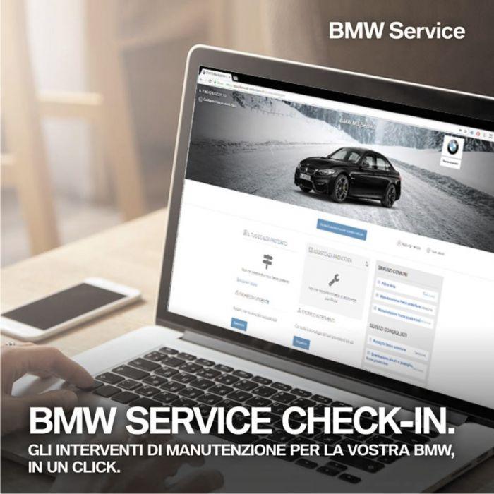 Blu Car concessionario BMW e MINI Siena foto 2
